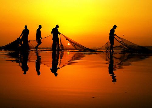 https://inspiredfountainpen.files.wordpress.com/2007/06/fishermen.jpg