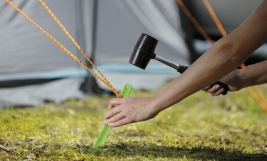 easy-camp-tent-peg-guide_620x300